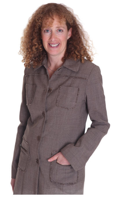 Image of Shirli Kirschner, founder and director of Resolve Advisors, lawyer and accredited mediator